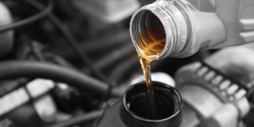 Moottoriöljyn vaihto